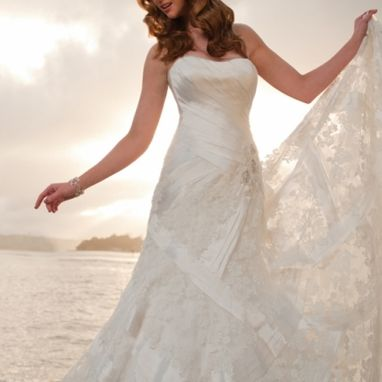 Sophia Tolli - 'Nautica' Y21253 Very different fitted gown with lace and silk detail - Size 12 Was £1695 Now £500